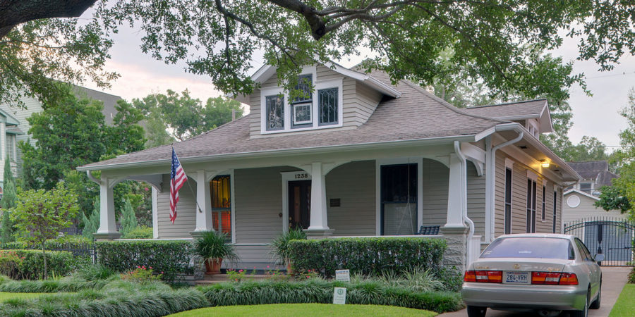 Never-Fail Tips To Improve Your Home's Curb Appeal