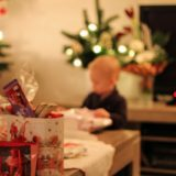 Keeping the Magic of the Holidays on a Budget