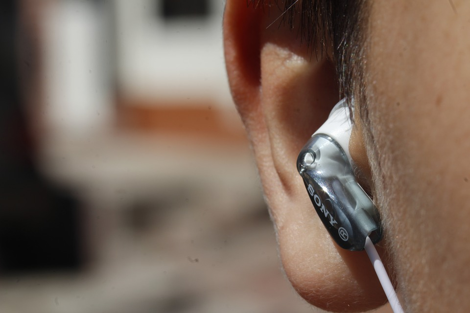 Using Your Senses – How To Cope With Lost Hearing
