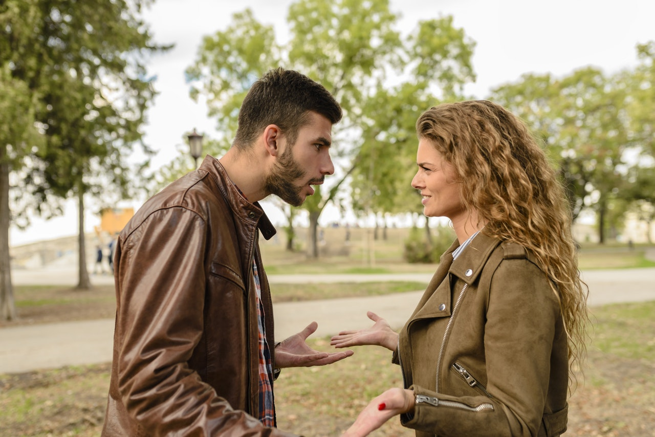 Move Past Through These Common Arguments In Relationships