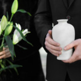 With Dignity: Remembering a Loved One with a Memorial Urn
