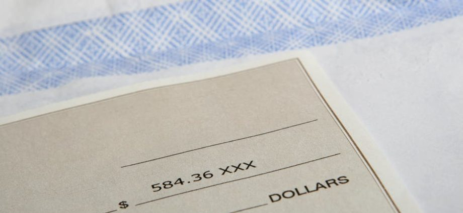 3 Reasons to Request Paper Checks, Even If You Get Direct Deposit