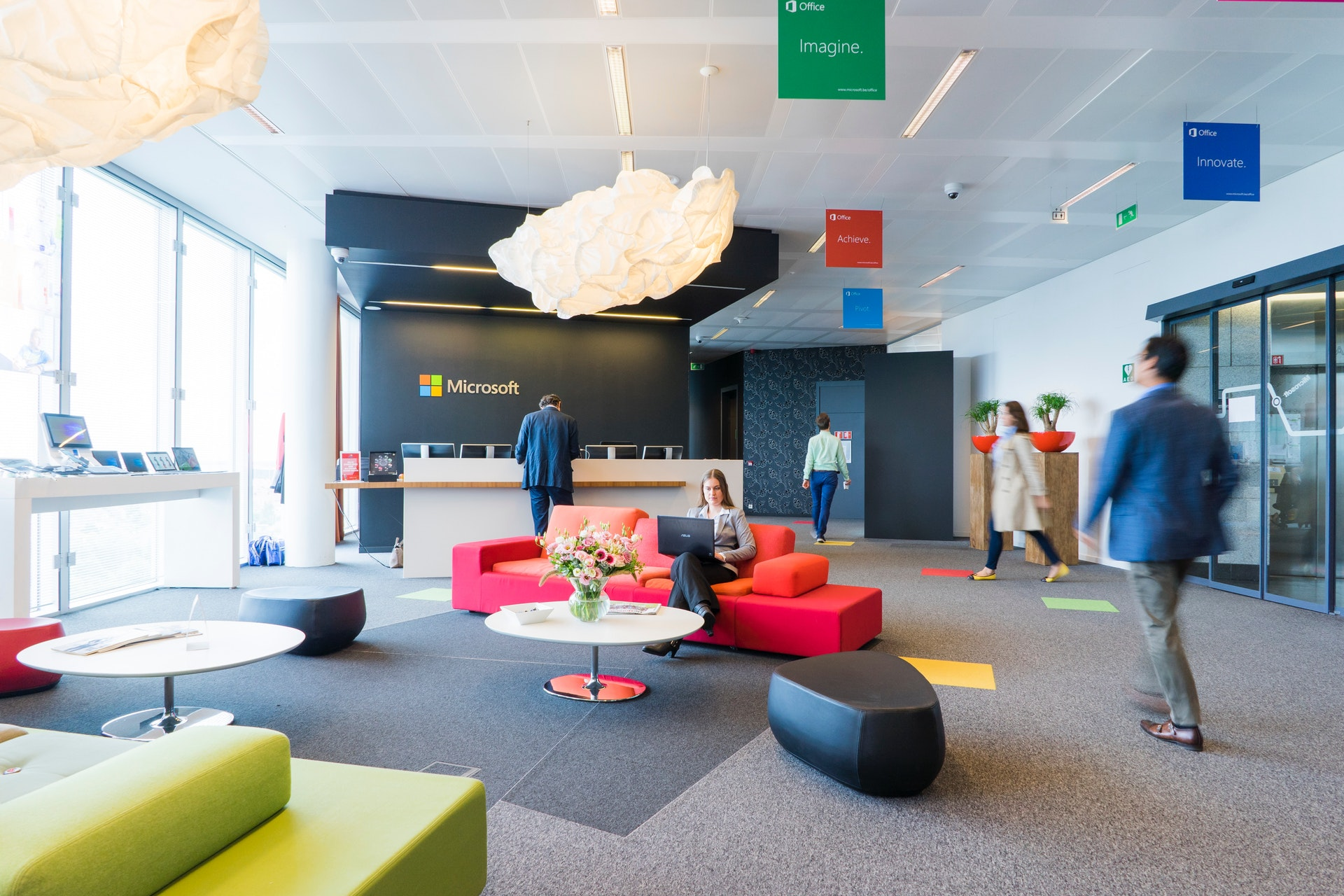 How a Well-Designed Office Affects Employees and Company Performance