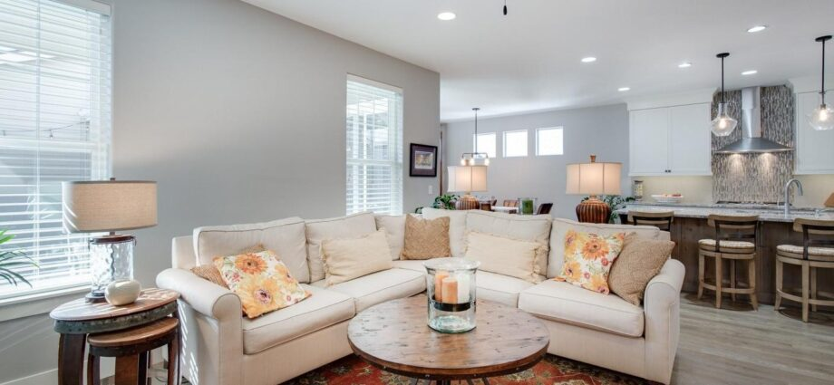 How You Can Select the Best Type of Lighting for Your New Abode