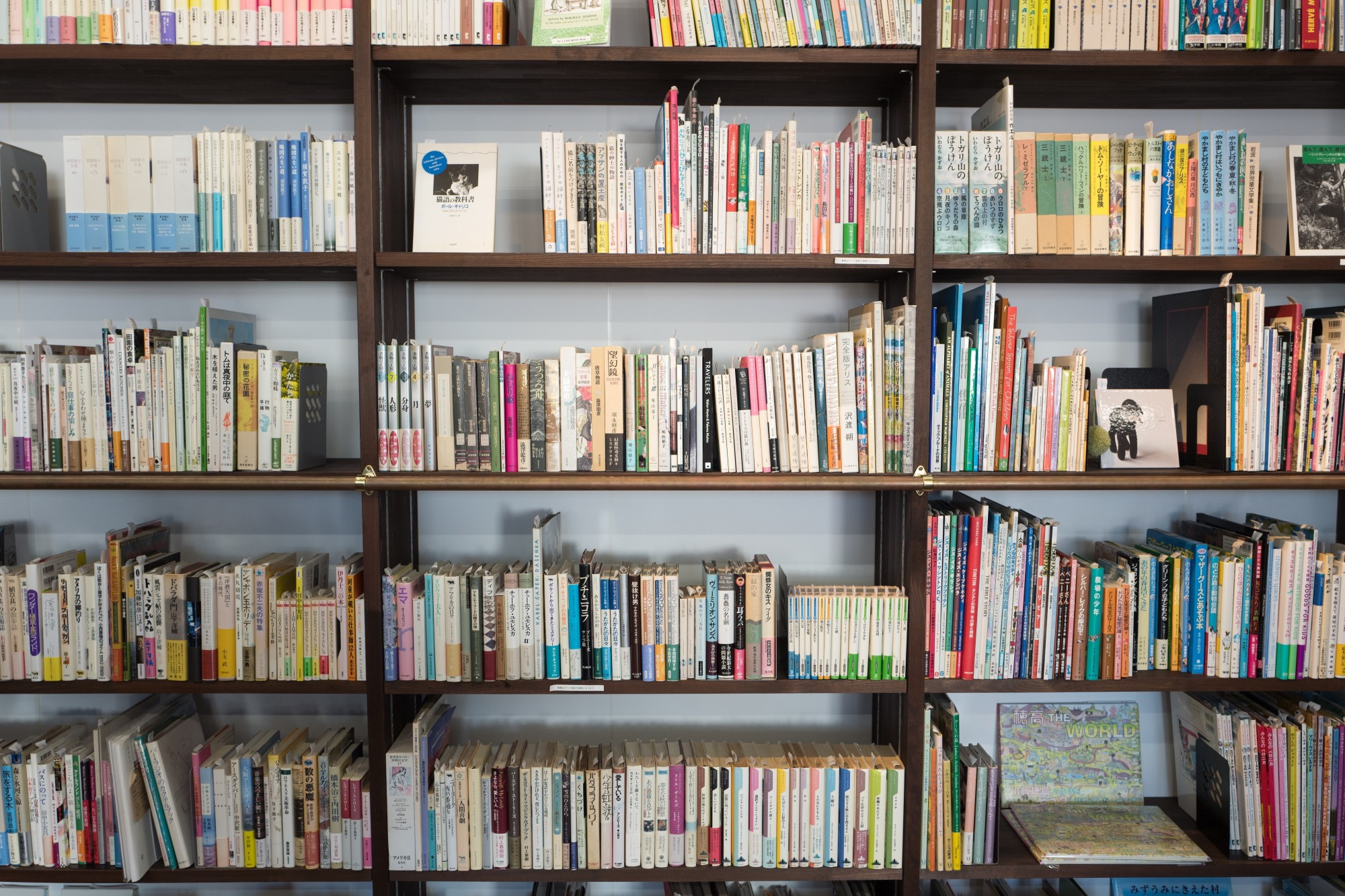Do You Have Too Many Books? Here Are 5 Tips to Help You Sell Them!