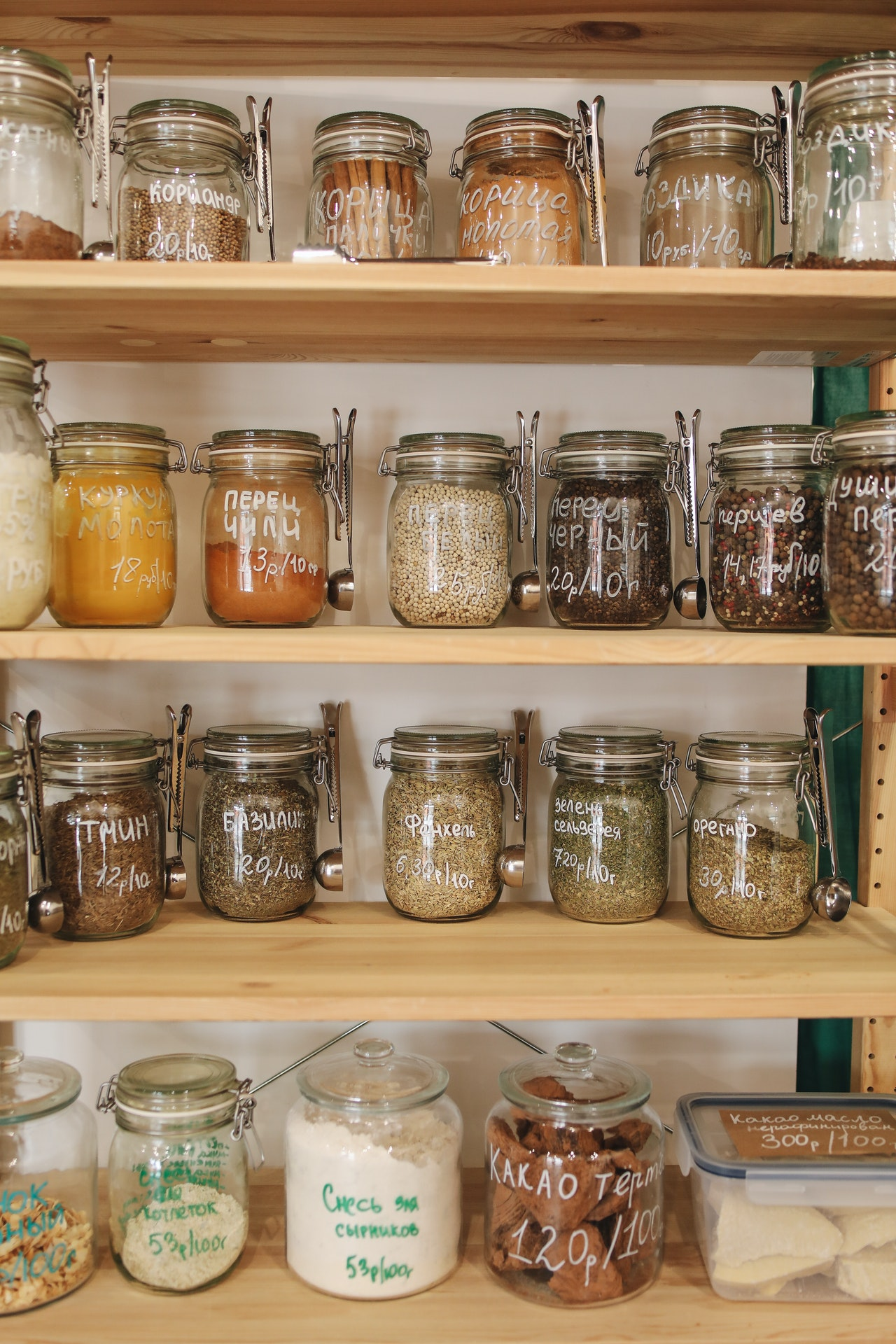 6 Eco-Friendly Tips to Manage Food Waste