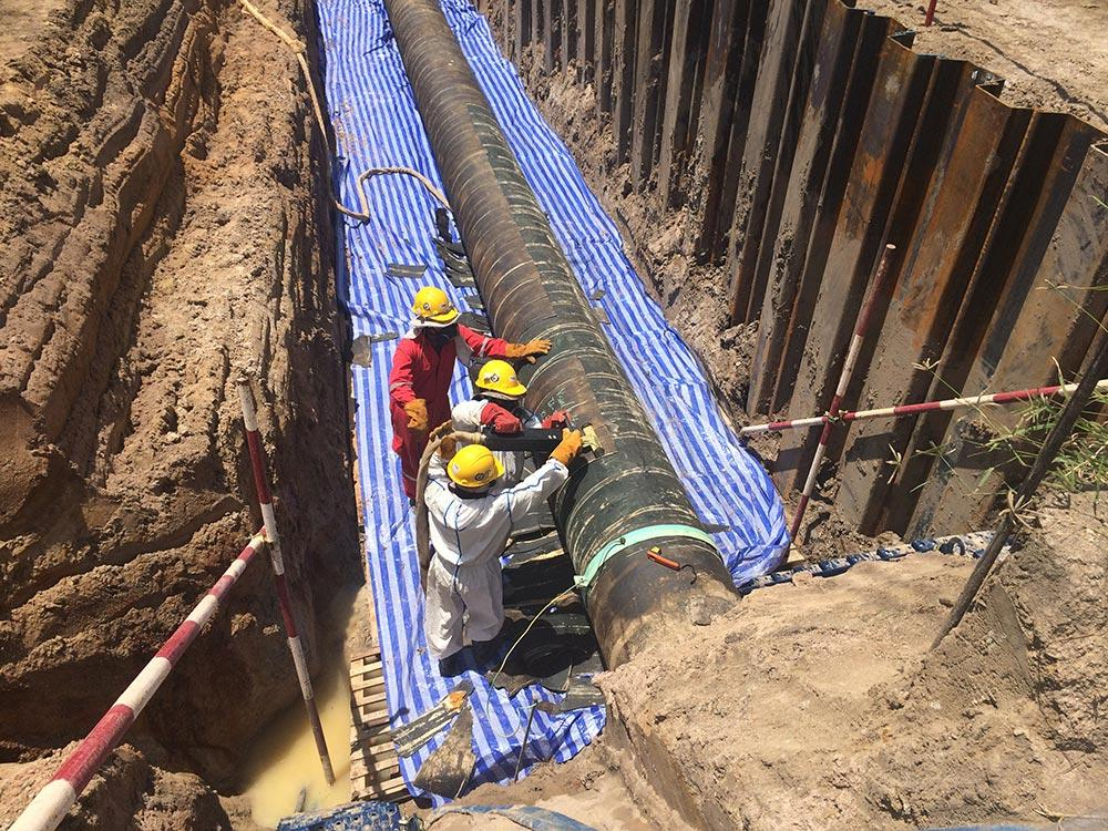 What Are The Benefits of Professional Pipeline Services