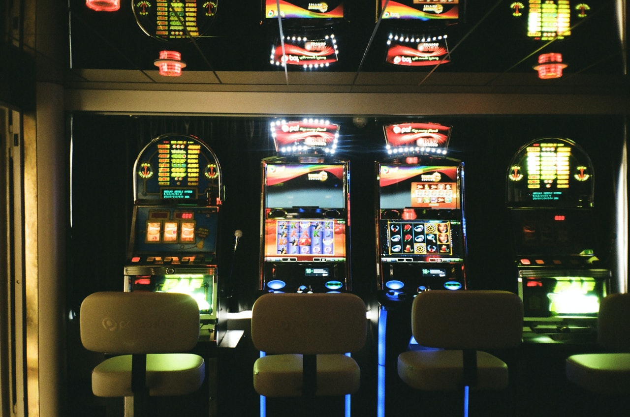 Is slot mobile casino gaming safe?