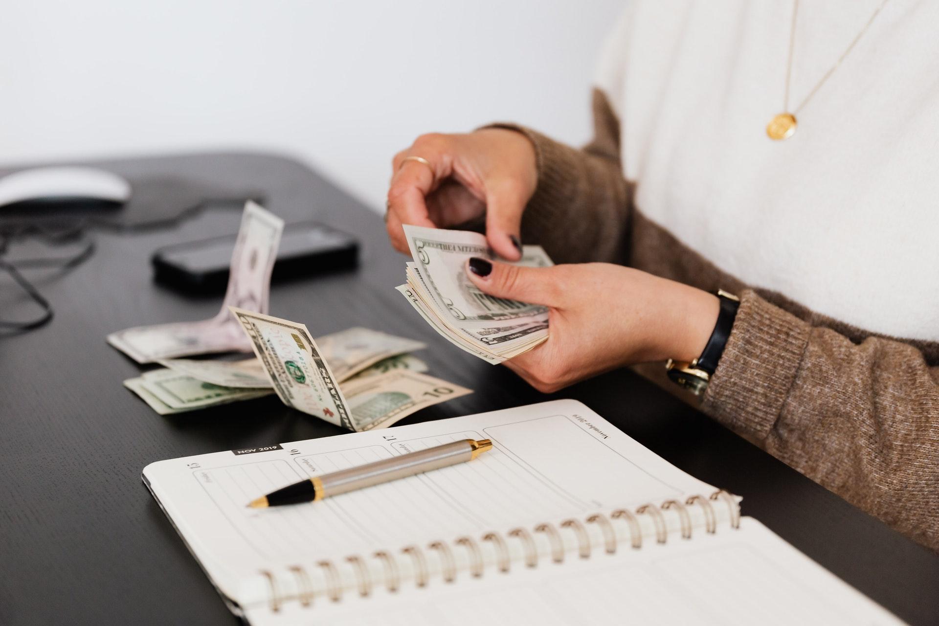 Is it hard to win money on Slots Online?